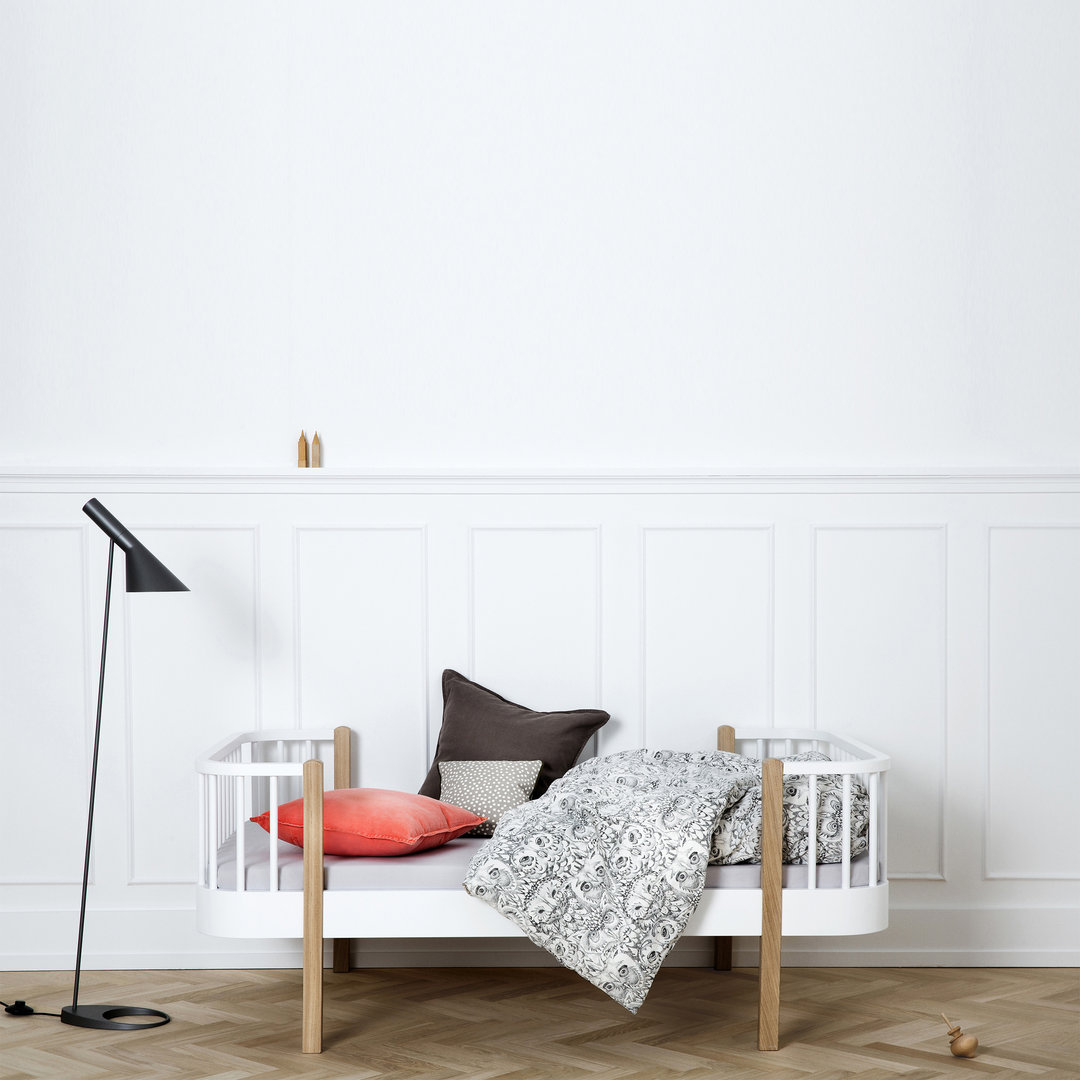 Oliver Furniture Wood Collection Junior Bed